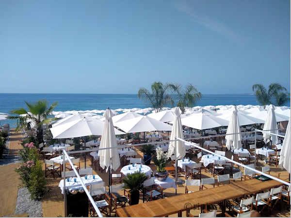 La Vela beach restaurant Nice