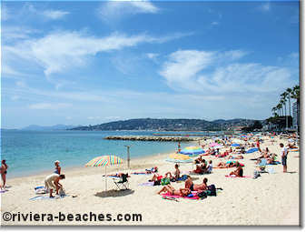 Public beach in Juan-les-Pins